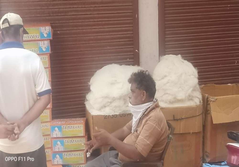 ईद पर धागे से भी बारीक बिकने वाली बनारसी सेवईं बाजार से गायब