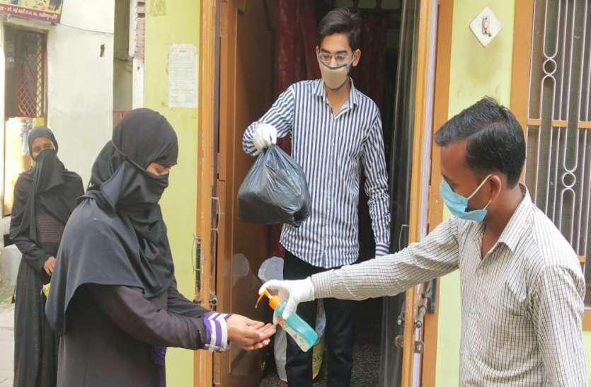 समाजसेवियों ने बढ़ाए हाथ, ताकि ईद की सेवंई से महरूम न रहें गरीबों के बच्चे