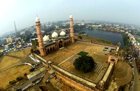 Ramzan Special : इस शहर में है एशिया की सबसे बड़ी मस्जिद, जिसे कहते हैं 'मस्जिदों का ताज'
