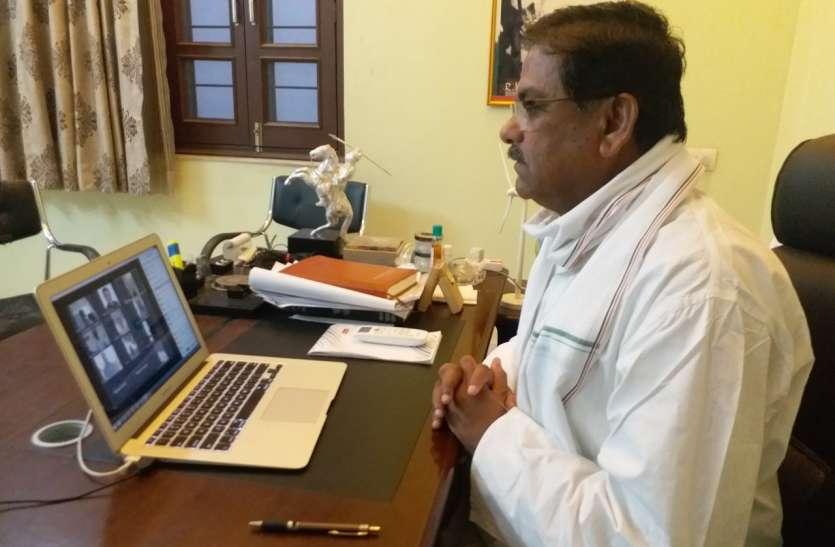 रघुवीर मीणा बोले कांग्रेस कार्यकर्ता नेक काम में भागीदार बने