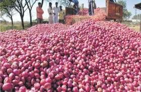 पूर्वांचल में किसानों को खून के आंसू रुला रही प्याज, सरकार को नहीं कोई खबर