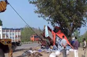 हजारीबाग में बड़ा हादसा, अनियंत्रित ट्रक की टक्कर से 3 लोगों की मौत