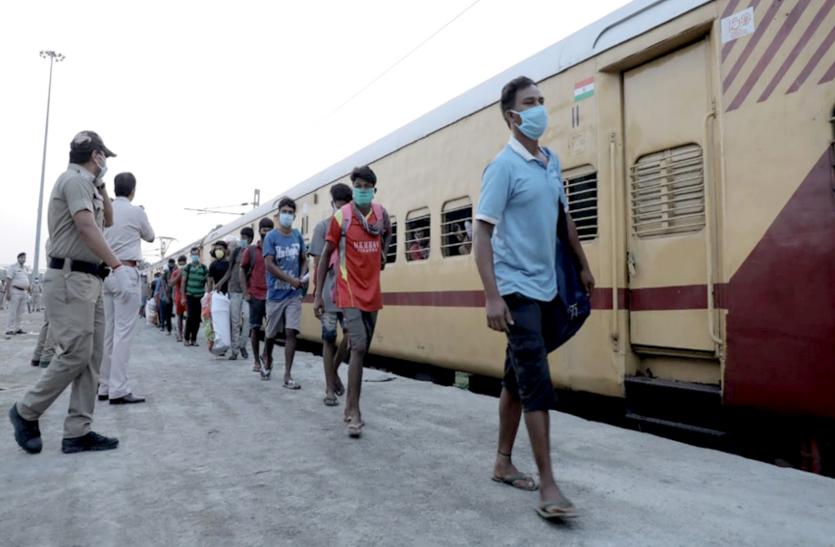 ओडिशा में प्रवासी श्रमिकों के समक्ष रोजी-रोटी का संकट, UP की तर्ज पर प्रवासी आयोग की मांग