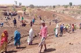 बांसवाड़ा जिले में मनरेगा का सच- यहां अफसर मस्त, गर्मी में श्रमिक त्रस्त, सरकार के दावे पस्त