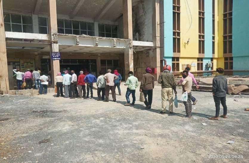 आंबेडकर में कोविड-19 अस्पताल तैयार, लेकिन क्वारंटाइन करने व्यवस्था  नहीं