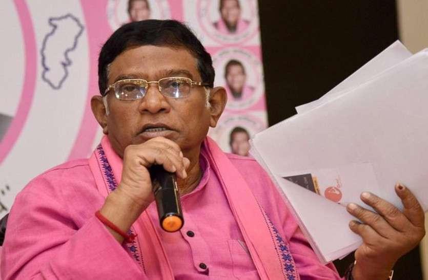 IAS की नौकरी छोड़ राजनीति में आए अजीत जोगी, कैसे बने छत्तीसगढ़ के पहले CM, जानिए उनका राजनीतिक सफर