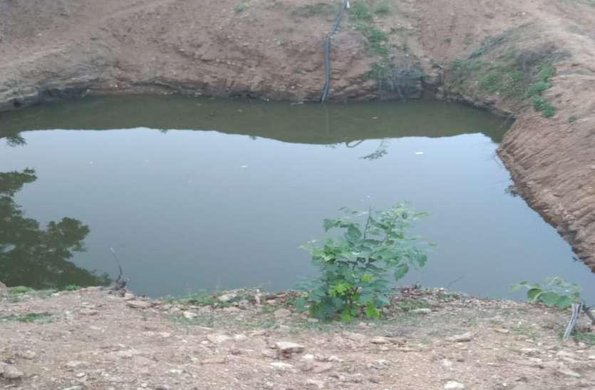 दो सगी बहनों समेत 3 बच्चियों की डूबने से मौत, एक साथ निकली अर्थी तो रो पड़ा पूरा गांव, सीएम ने की 4-4 लाख देने की घोषणा