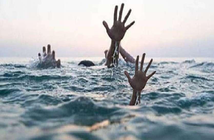 बनारस में गंगा नहाने गए पांच दोस्तों की डूबने से मौत, एक ही गांव के रहने वाले थे सभी