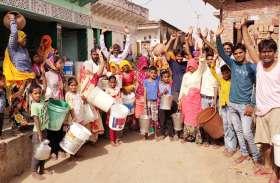 दौसा...कालीपहाड़ी में पानी के लिए त्राहि-त्राहि, ग्रामीणों का फूटा गुस्सा