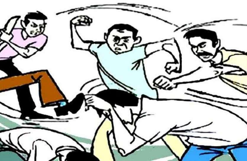 लॉकडाउन में नहीं दिया किराया तो भाजपा नेता ने किराएदारों को कमरे में बंद कर लाठी-डंडों से पीटा, केस दर्ज