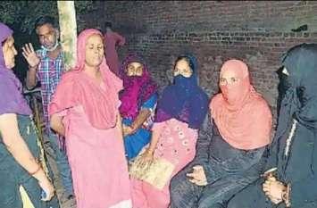 Moradabad: बच्चों का विवाद सुलझा रही महिला पर टूट पड़े पड़ोसी, पीट-पीटकर उतार दिया मौत के घाट