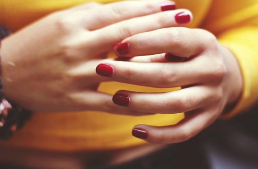 Beauty Tips For Hands: खूबसूरत काेमल हाथाें के लिए आजमाएं ये आसान घरेलू नुस्खे