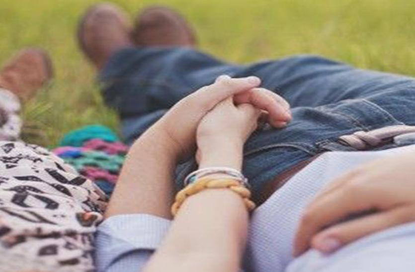 Love Story: 2 बच्चों के पिता से कर बैठीं प्यार, समाज ने सताया तो दोनों ने उठाया खौफनाक कदम, उसके बाद...