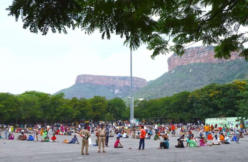 82 दिनों बाद तिरुपति बालाजी के हुए दर्शन, हर दिन 6000 श्रद्धालुओं को ही दर्शन प्राप्त हो पाएंगे