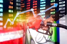 रात 12 बजे से बढ़े पेट्रोल-डीजल के दाम, सरकार ने बढ़ाया सेस, जानिए नई कीमतें