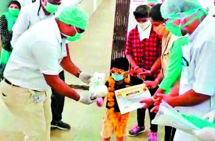 दिल्ली से लौटे देवर - भाभी, आशा कार्यकर्ता सहित देवास का जिम ट्रेनर कोरोना संक्रमित