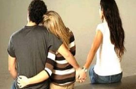 2 शादी करके फंसा युवक, पहली पत्नी को पता चलते ही पड़ गए लेने के देने