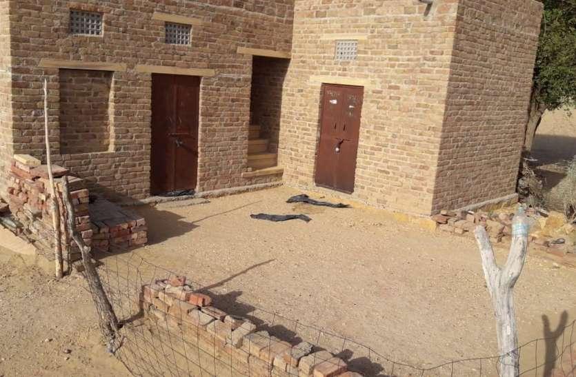 जैसलमेर के नहरी क्षेत्र में सूने मकान में चोरों ने चुराया अनाज, किसानों में रोष