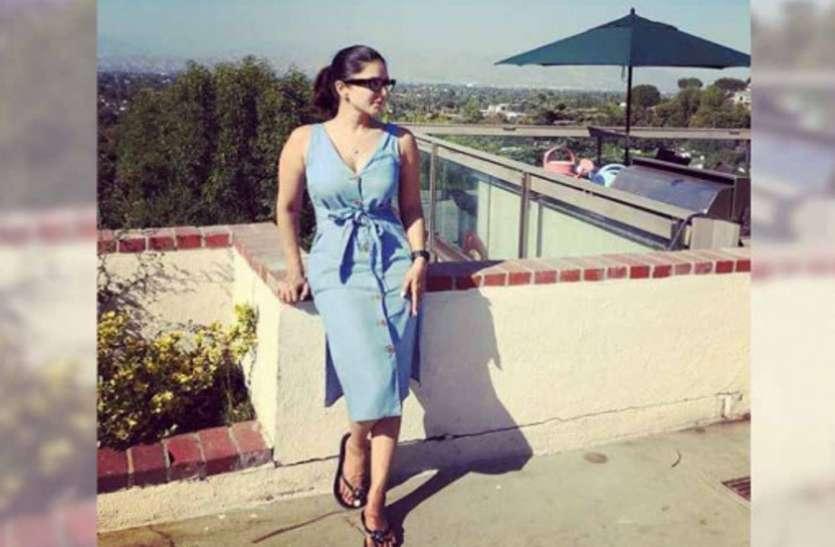 सनी लियोनी खिलखिलाती धूप का आनंद लेती दिखीं, समर कूल ड्रेस में आईं नजर