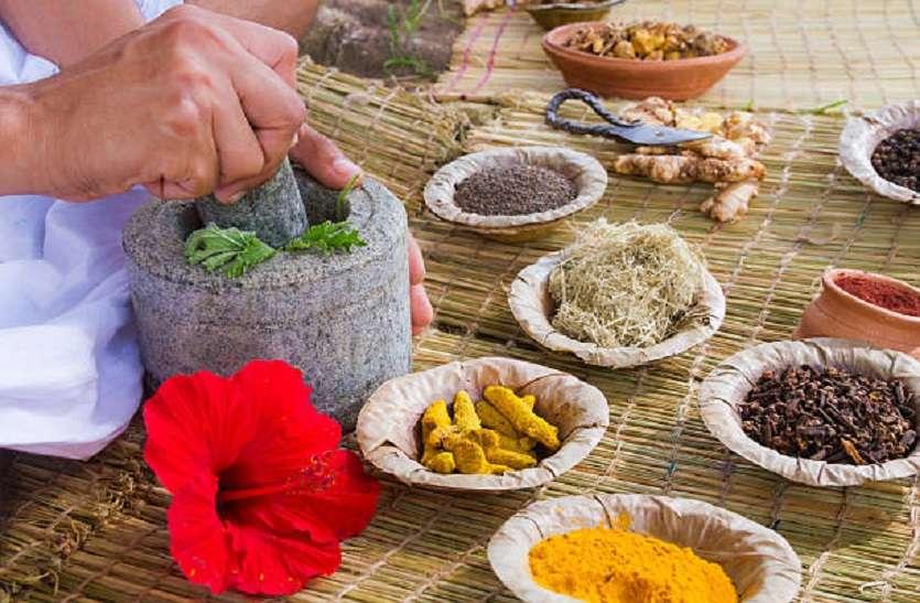 अनिद्रा में राहत देता है पंच चूर्ण, बेसन-मैदा वाली चीजें न खाएं