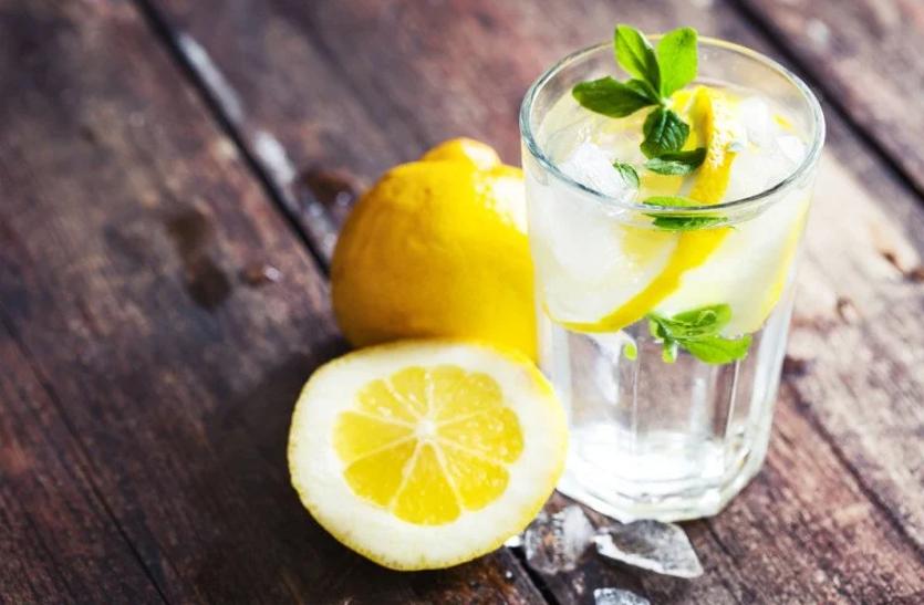 शरीर की चर्बी घटाता व इम्यूनिटी बढ़ाता है लेमन ड्रिंक