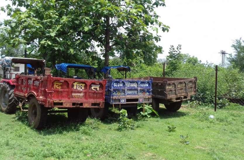 बांधवगढ़ क्षेत्र में अवैध खनन, तीन वाहन जब्त