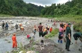 चीन व नेपाल के बाद अब भूटान भी दिखा रहा है आंखे, पानी रोका
