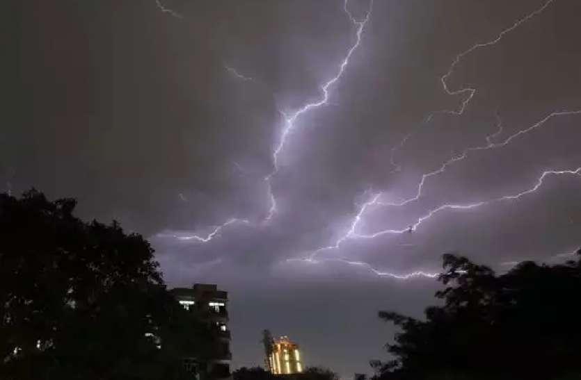 यूपी में प्रकृति का टूटा कहर, आकाशीय बिजली गिरने से 28 की मौत, बड़ी संख्या में लोग झुलसे