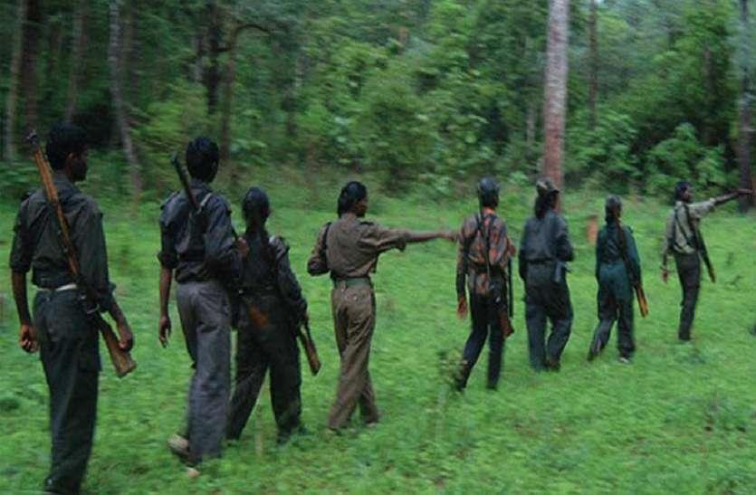 हताश नक्सली 10-10 युवक-युवती देने को लेकर धमका रहे हैं ग्रामीणों को