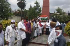 उदयपुर के शहीद स्मारक पर कांग्रेसजनों ने शहीदों को किया नमन