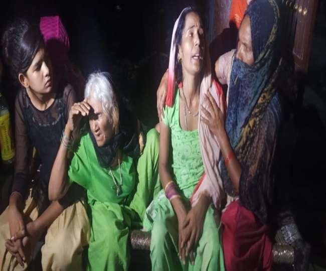 Meerut महिला संगीत के बीच घुसकर सिरफिरे आशिक ने प्रेमिका और उसके पिता को मौत के घाट उतारा, भाई काे भी गाेली मारी
