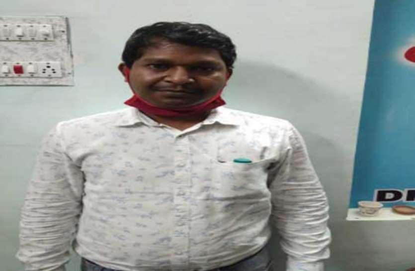 रेत खदान में जिला पंचायत सदस्य से मारपीट करने वाला एक और आरोपी गिरफ्तार