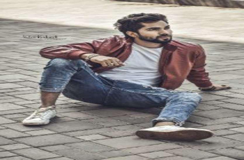रणवीर सिंह की 'तख्तÓ में निगेटिव रोल में दिखेंगे शहर के जय सिंह
