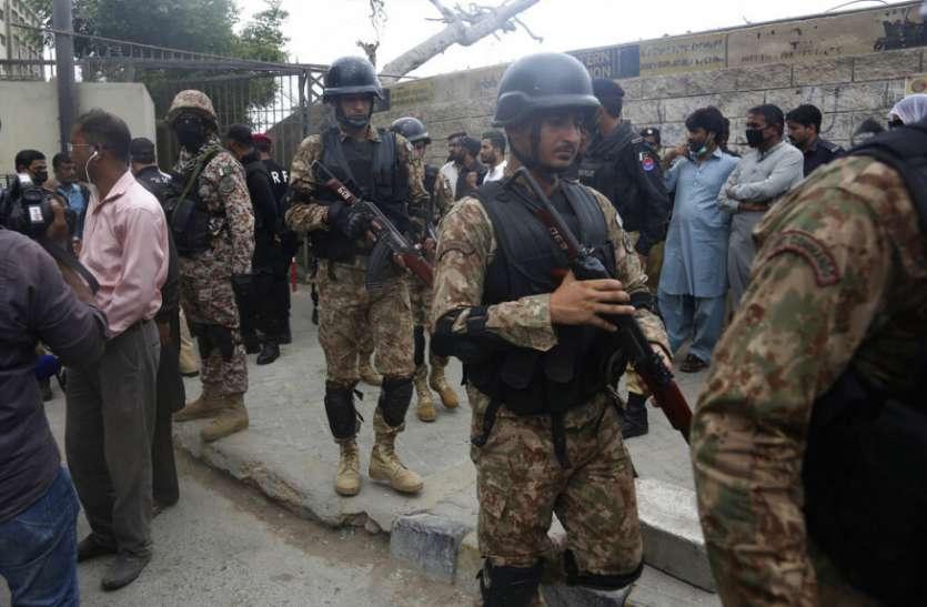 Pakistan: भारी गोला बारूद के साथ कराची स्टॉक एक्सचेंज पहुंचे थे आतंकी, बड़े हमले की थी तैयारी