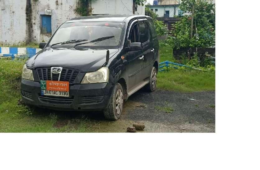भाजपा के नेम प्लेट लगी गाडी से अफीम के गोंद के साथ चार गिरफ्तार