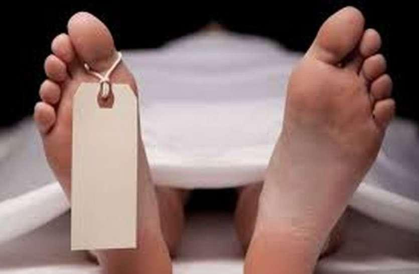 मौत का रविवार - जानिए क्यों और कैसे आठ जनों ने ले ली खुद की जान ?