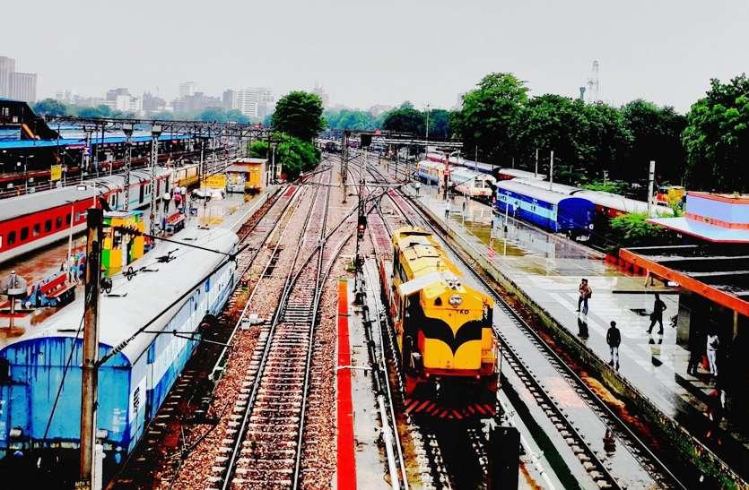 indian_railways_01.jpg