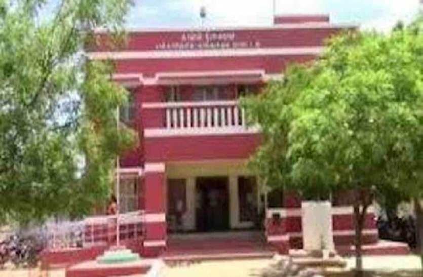 तमिलनाडु: पिता-पुत्र की हिरासत मामले में पूरा थाना निलंबित