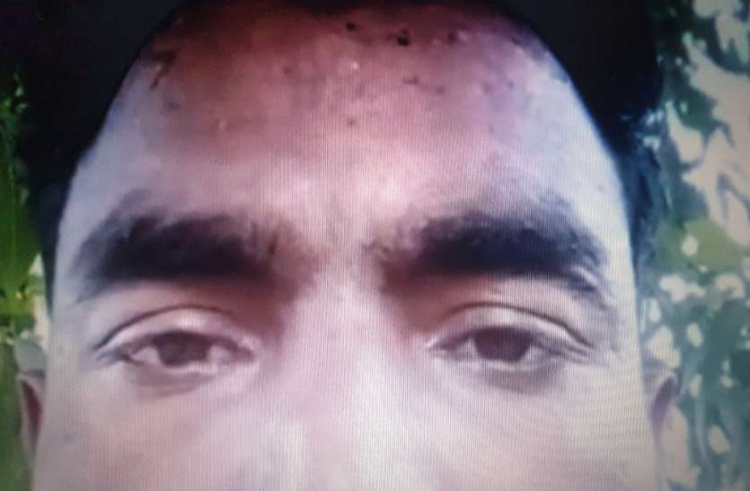 कर्ज में डूबे युवक ने फांसी लगाकर की आत्महत्या, मरने से पहले बनाई वीडियो