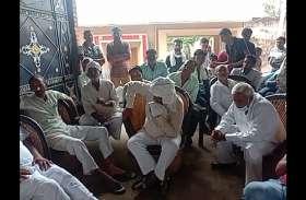 बिजनौर में पुलिस के खिलाफ किसानाें का आंदाेलन, जेल भरने की चेतावनी