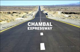 चंबल प्रोग्रेस वे की सभी बाधाएं होगी दूर, सीएम शिवराज ने की केंद्रीय मंत्री गडकरी से चर्चा