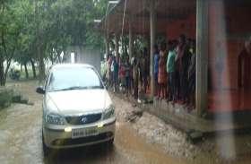 अब जौनपुर पुलिस पर बदमाशों ने की फायरिंग, बाल-बाल बची टीम