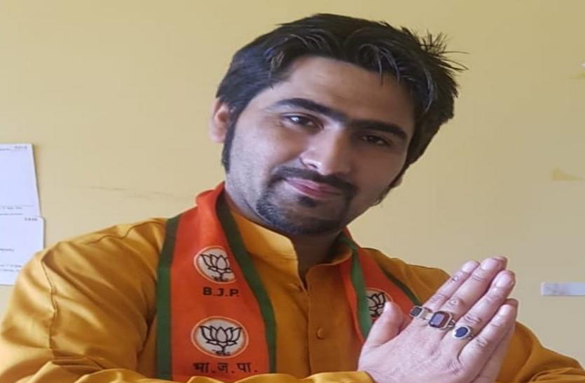 BJP नेता और परिवार को गोलियों से भूना, स्थानीय आतंकी की मदद से LET का हमला