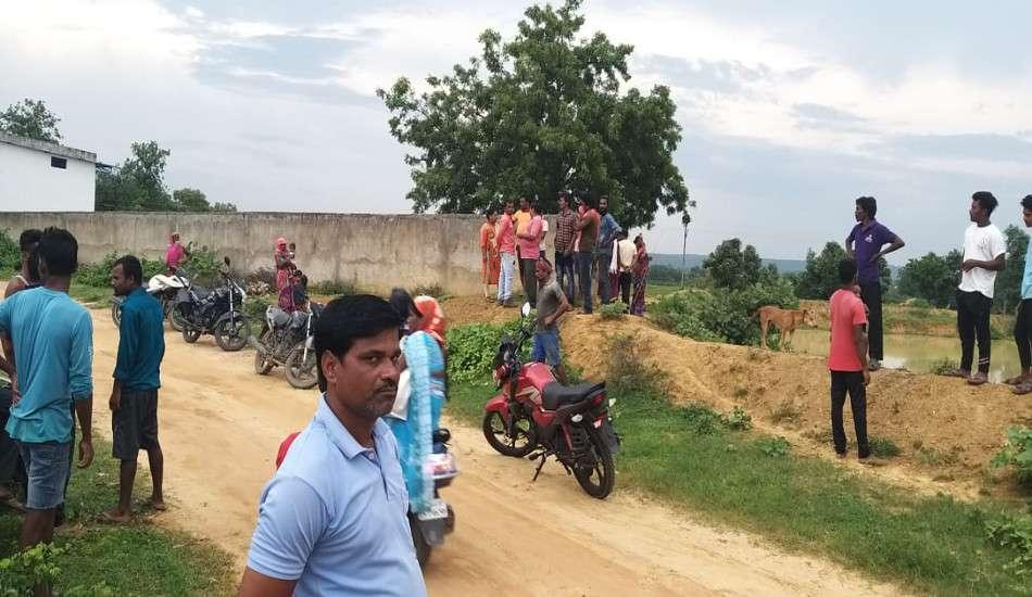 5 साल की बालिका से बलात्कार का प्रयास, विरोध पर कुएं में धकेला, साथ रहे 7 साल के भाई की हत्या कर झाडिय़ों में फेंका