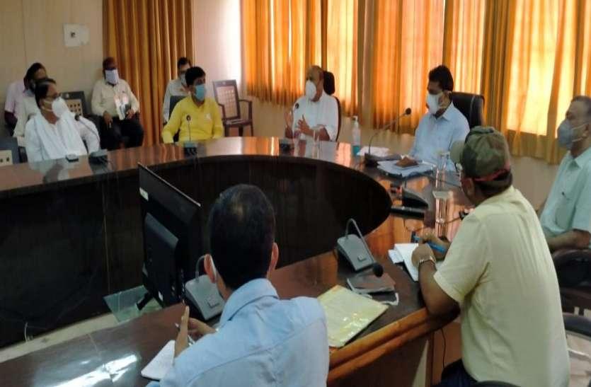 टीकमगढ़ में कोरोना ब्लॉस्ट: एएसपी, तहसीलदार सहित 17 मरीज आए पॉजिटिव