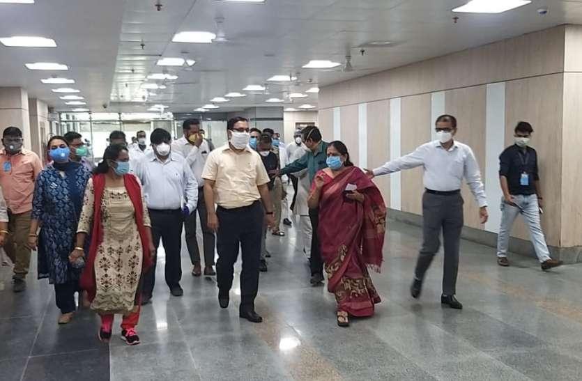 UP के सबसे Hitech शहर में Tata और Bill Gates ने बनवाया सबसे बड़ा Covid-19 अस्पताल