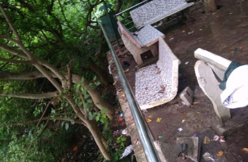 टोंस वाटर फाल में पर्यटकों के बीच विवाद-तोडफ़ोड़ के बाद प्रवेश बंद, विवाद की ये रही वजह