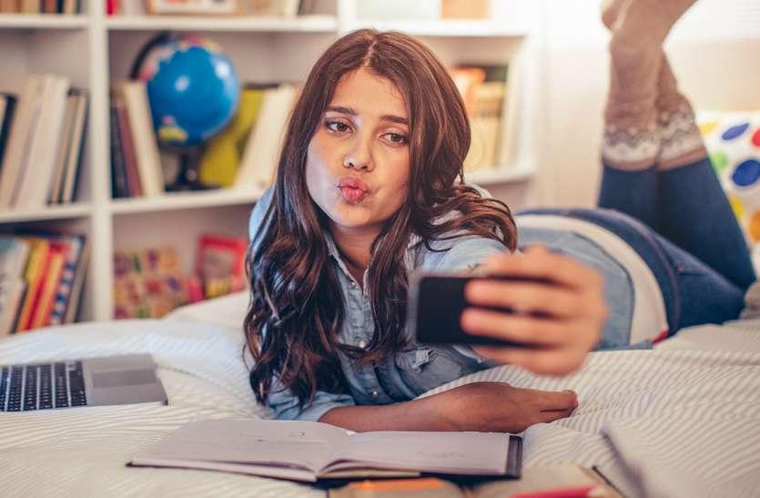 सोशल मीडिया पर 3 घंटे से ज्यादा बिताने पर मानसिक समस्याओं का जोखिम 4 गुना ज्यादा