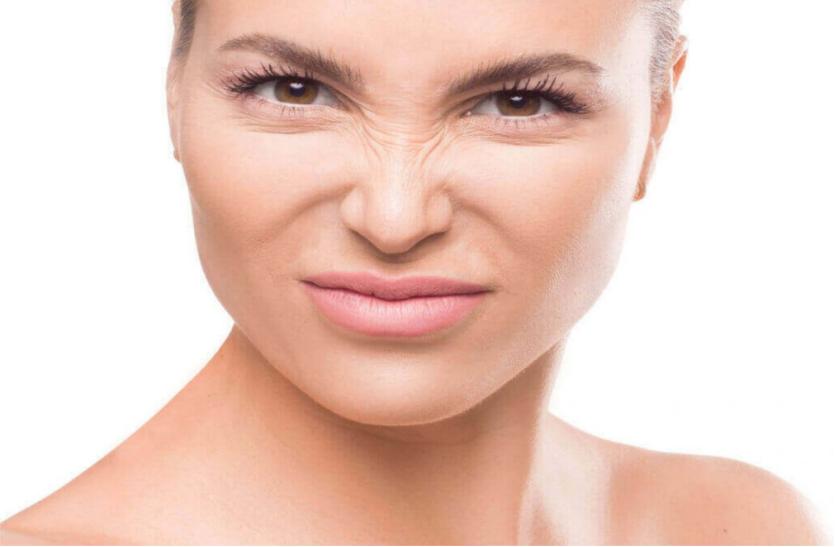 चेहरे की झुर्रियां हटाने के लिए फायदेमंद है ये खास टिप्स