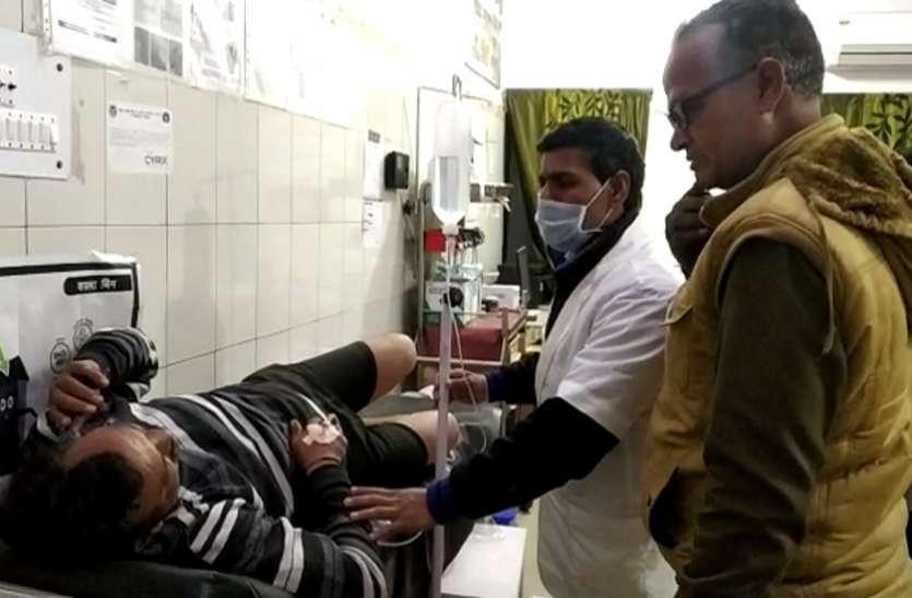 कानपुर के बाद अब मेरठ में जमीनी विवाद के दौरान पुलिस पर हमला, आधा दर्जन घायल